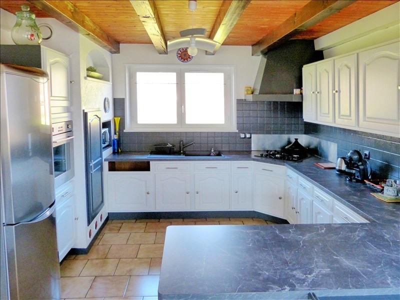 Sale house / villa Thyez 383000€ - Picture 9