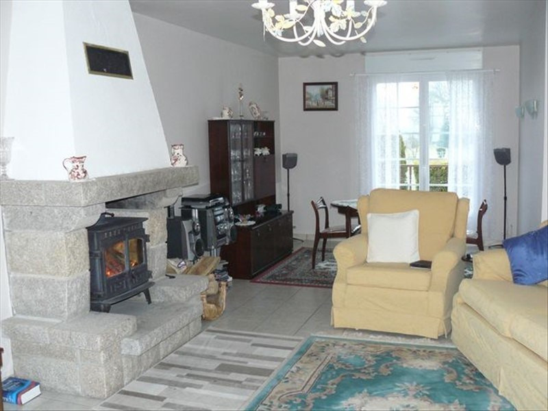 Sale house / villa Josselin 184 600€ - Picture 3
