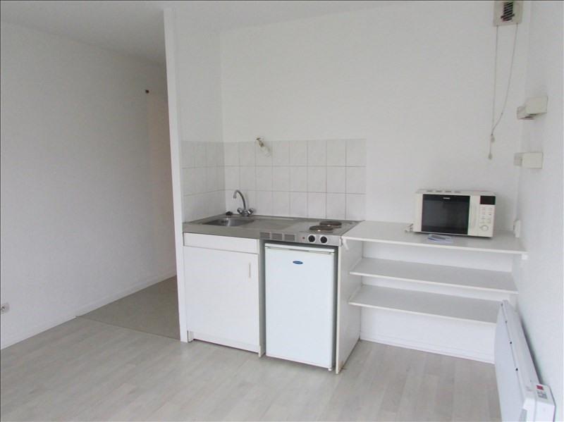 Rental apartment Rouen 383€ CC - Picture 3