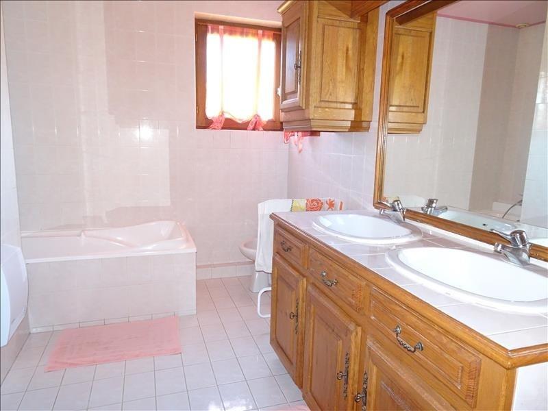 Sale house / villa Merville 366000€ - Picture 6
