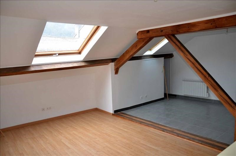 Location appartement Nantua 350€ CC - Photo 1