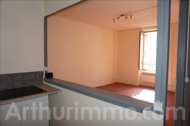 Rental apartment Lodeve 370€ CC - Picture 3