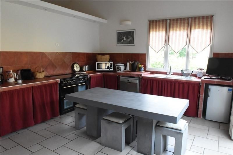Deluxe sale house / villa Chatou 1140000€ - Picture 2