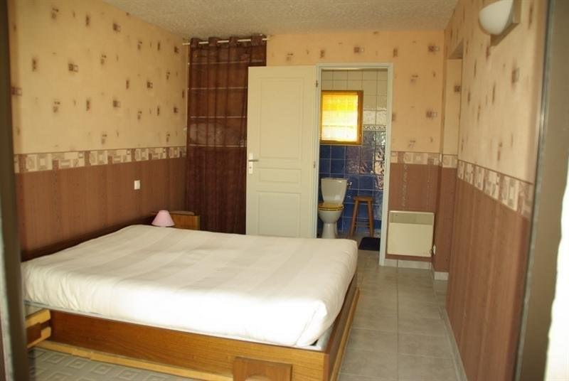 Sale house / villa Montlieu la garde 272000€ - Picture 9