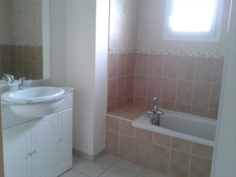 Location maison / villa St cyr sur le rhone 900€ CC - Photo 6