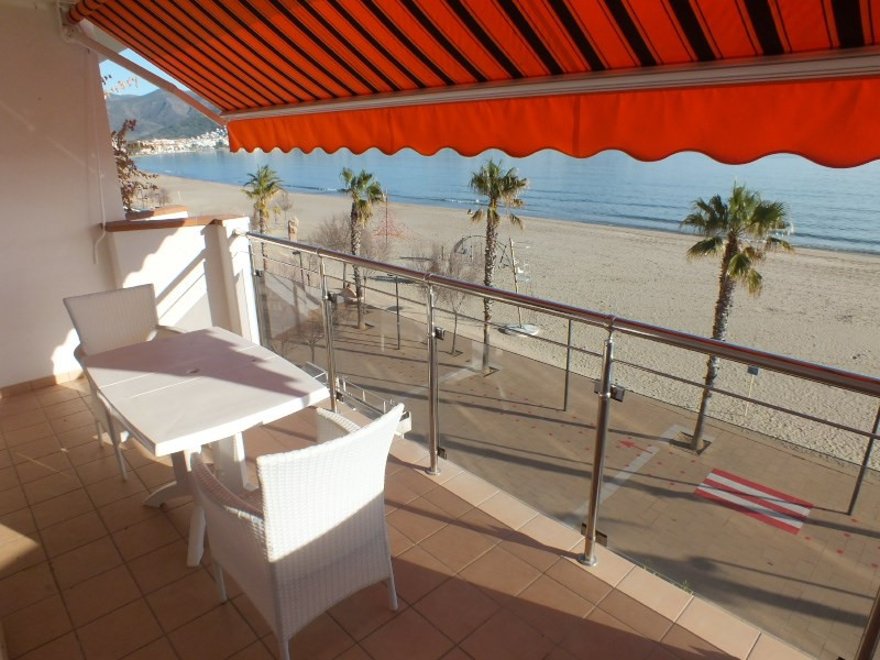 Location vacances appartement Roses santa-margarita 520€ - Photo 4