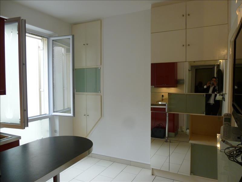 Sale apartment Paris 18ème 249000€ - Picture 3
