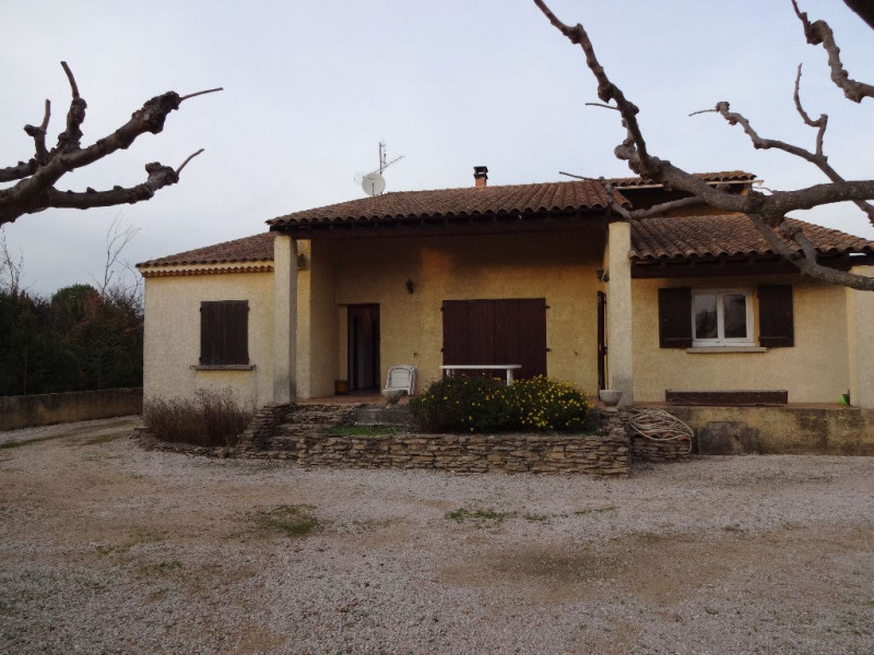 Location maison / villa Entraigues sur la sorgue 1128,50€ CC - Photo 2