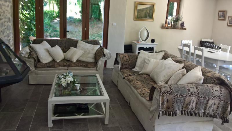 Sale house / villa St hilaire la treille 272000€ - Picture 5