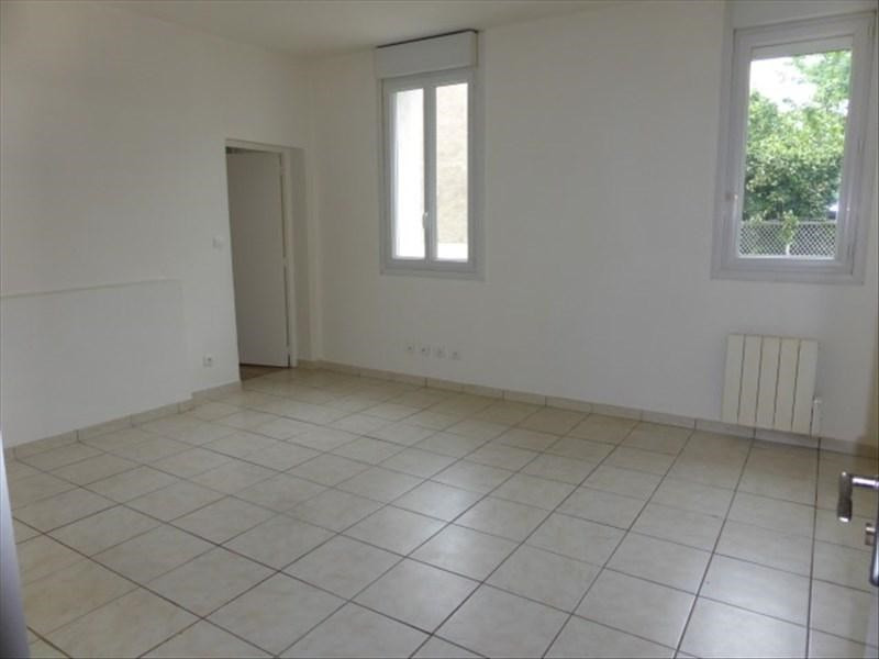 Location appartement Auxerre 450€ CC - Photo 1