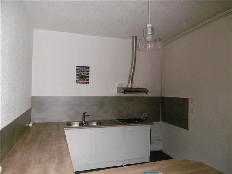 Location appartement Figeac 330€ CC - Photo 1
