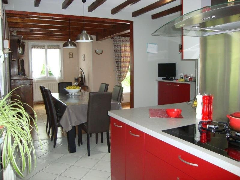 Sale house / villa Chaniers 222600€ - Picture 4