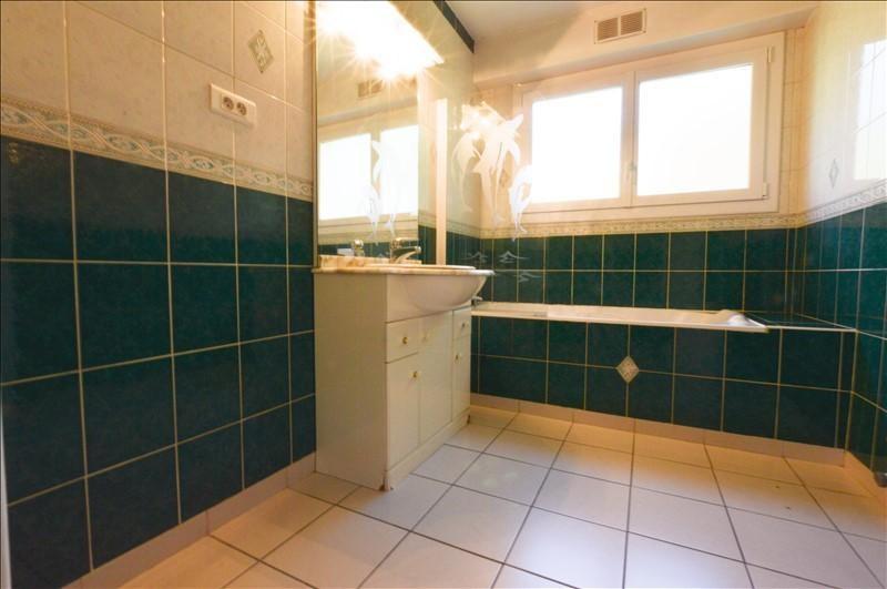 Sale apartment Pau 150120€ - Picture 4