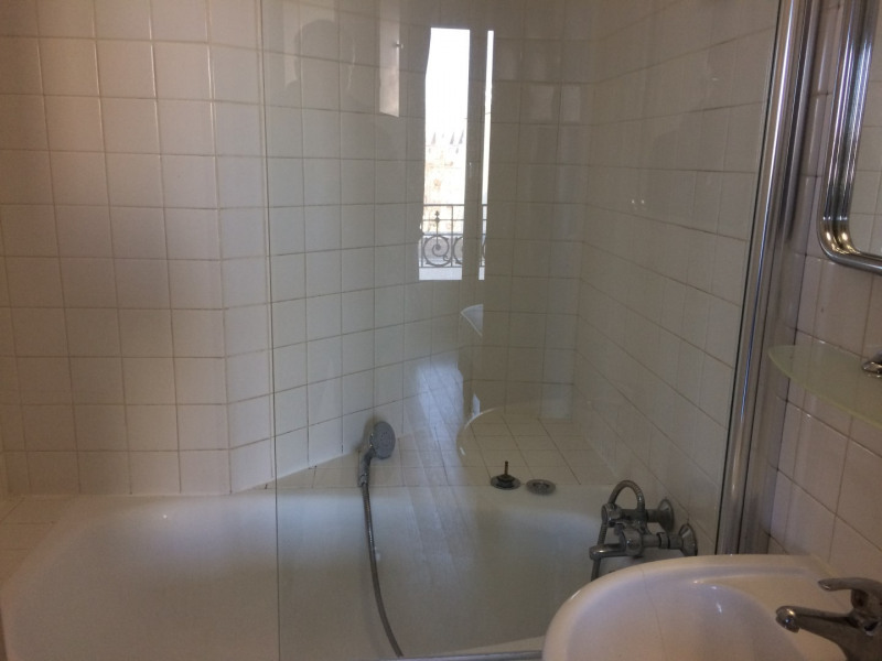 Location appartement Paris 15ème 1270€ CC - Photo 5