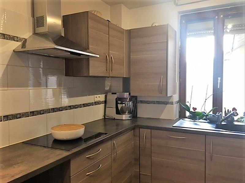 Sale apartment Bischheim 137 800€ - Picture 1