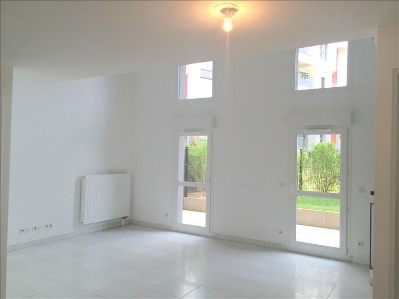 Rental apartment Bois colombes 1062€ CC - Picture 2