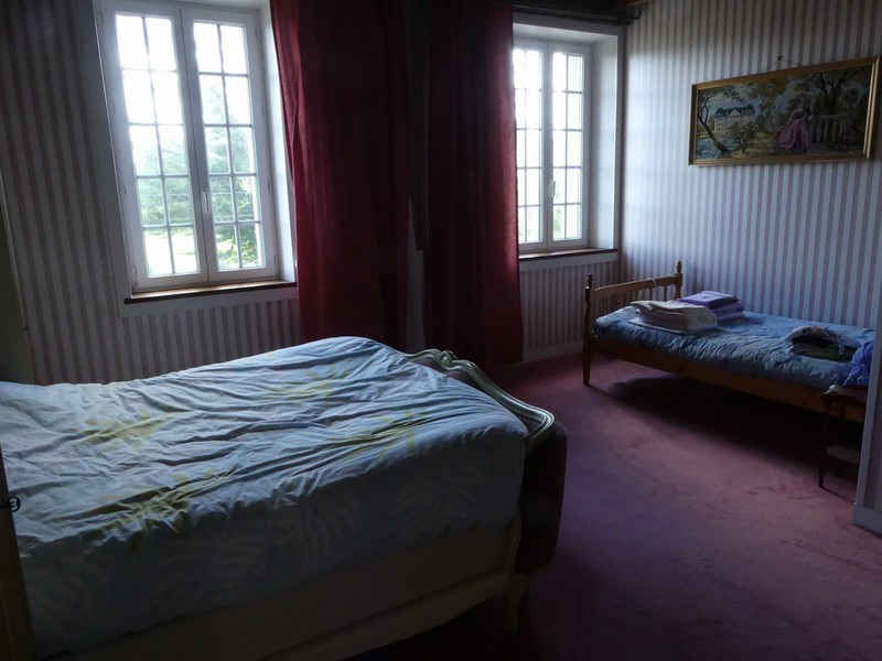 Sale house / villa Geffosses 267200€ - Picture 5