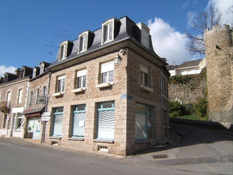 Sale house / villa Josselin 162 750€ - Picture 1
