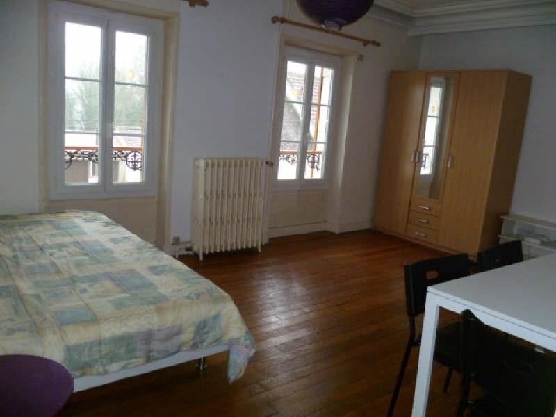 Location appartement Pommeuse 500€ CC - Photo 1
