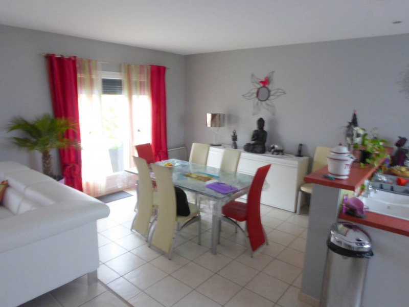 Vente maison / villa Merpins 210000€ - Photo 5