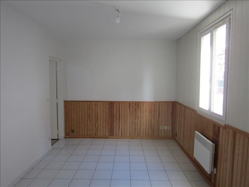 Rental apartment Asnieres sur seine 720€ CC - Picture 1