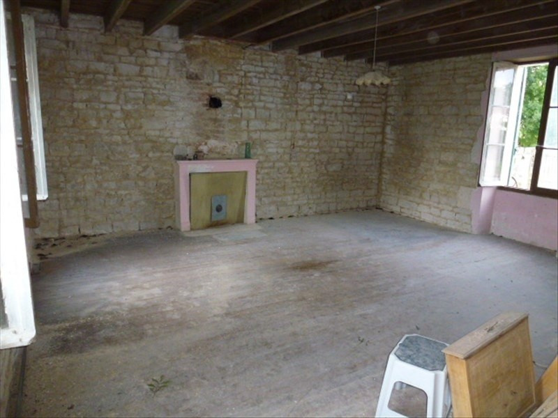 Sale house / villa Surgeres 119600€ - Picture 2