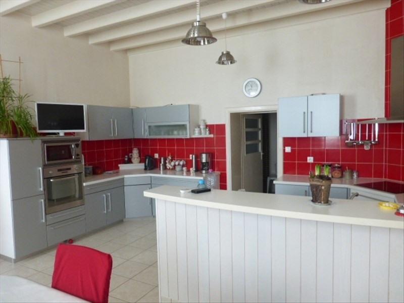 Deluxe sale house / villa Louzignac 292000€ - Picture 2