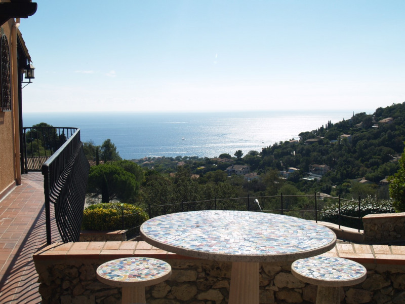 Sale house / villa Les issambres 540000€ - Picture 1