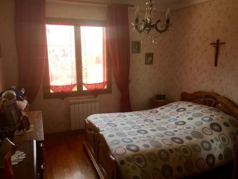 Sale house / villa Bulles 330000€ - Picture 10