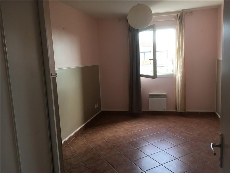 Rental apartment Pelissanne 930€ CC - Picture 8