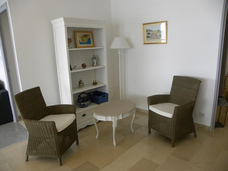 Location vacances appartement Bandol 700€ - Photo 5