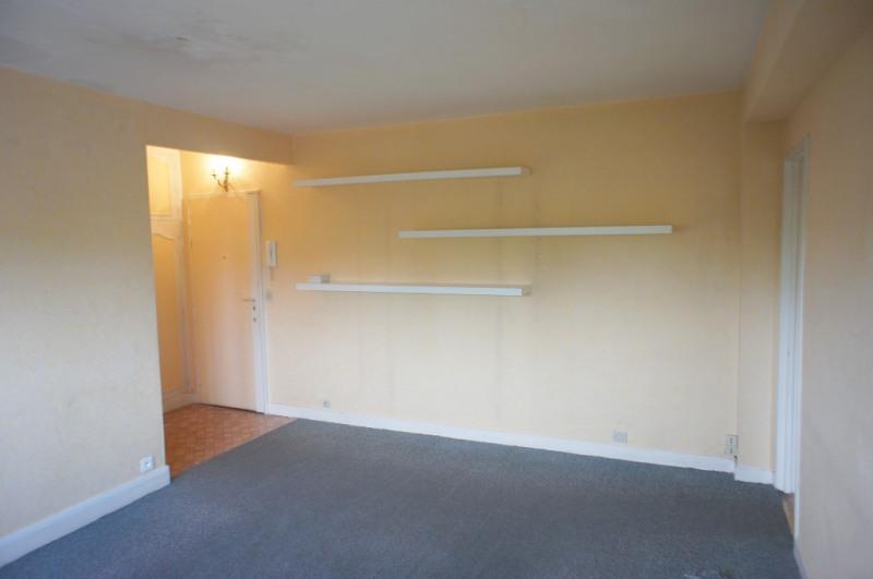 Location appartement Montrouge 935€ CC - Photo 4