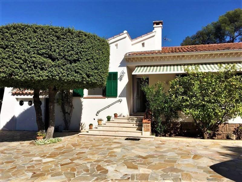 Deluxe sale house / villa St raphael 590000€ - Picture 2