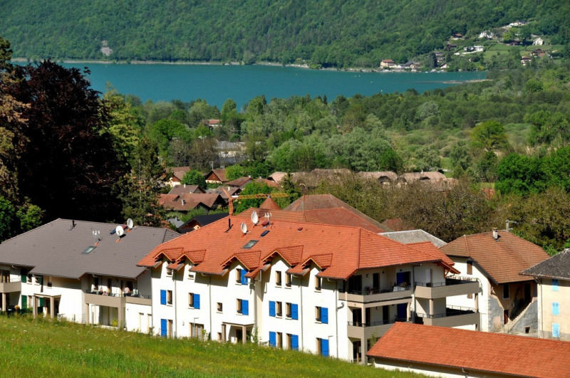 Sale apartment Lathuile 294237€ - Picture 1