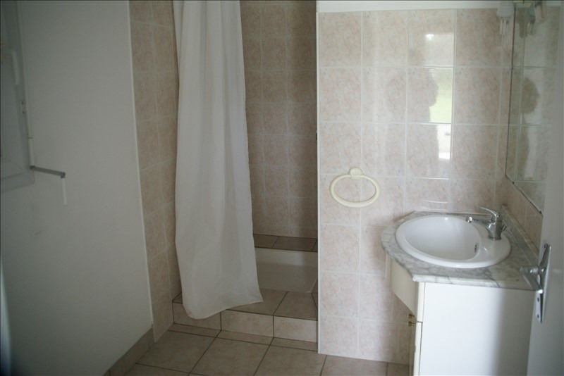 Location maison / villa Baye 580€ CC - Photo 5
