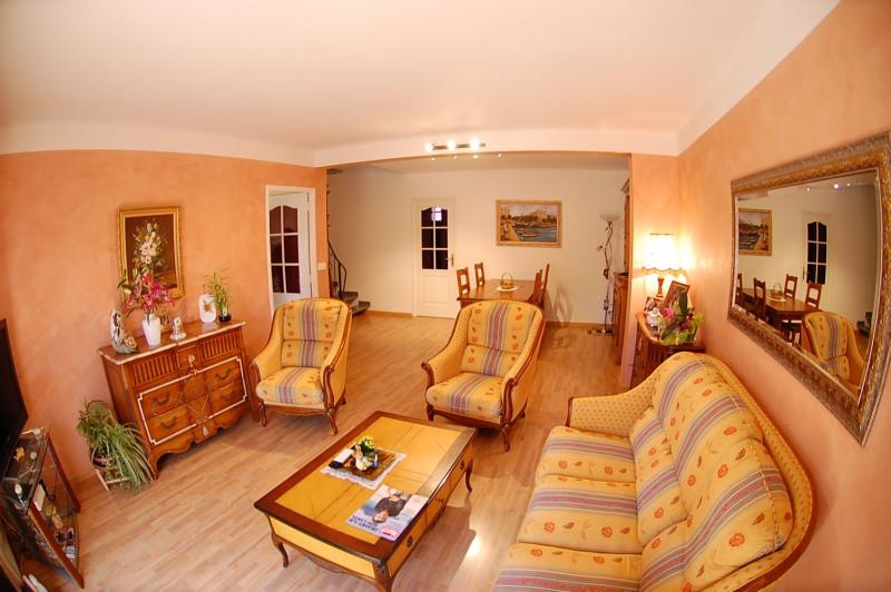 Sale house / villa Six fours les plages 387000€ - Picture 2