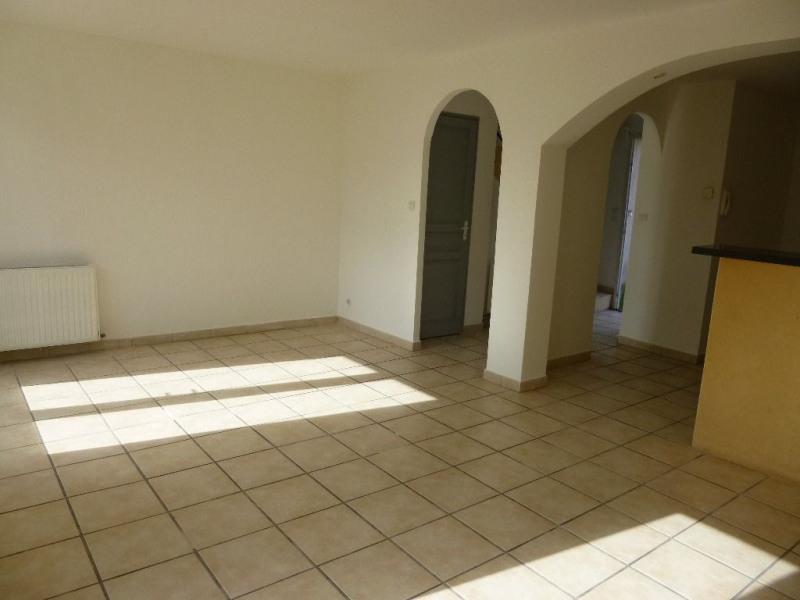 Rental house / villa Althen des paluds 835€ CC - Picture 4