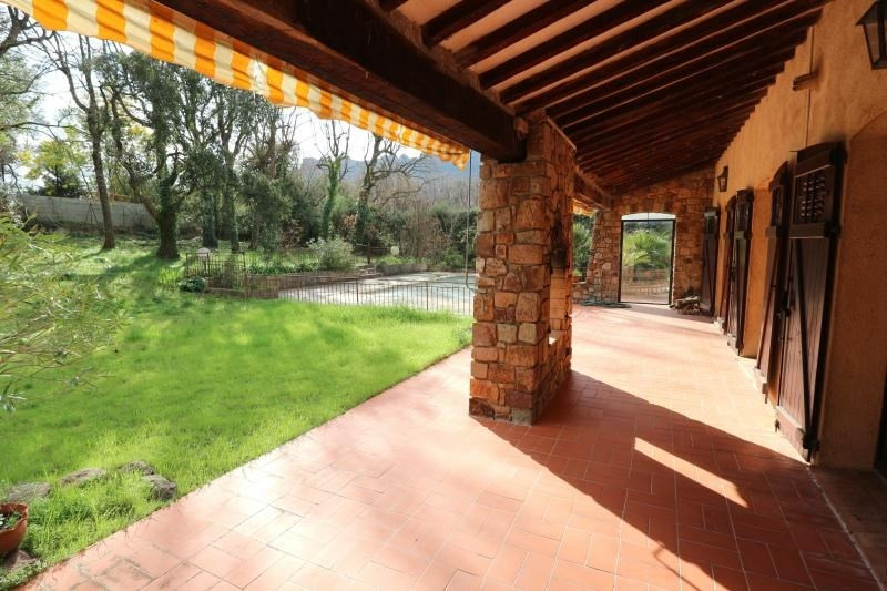 Престижная продажа дом Roquebrune sur argens 589000€ - Фото 6