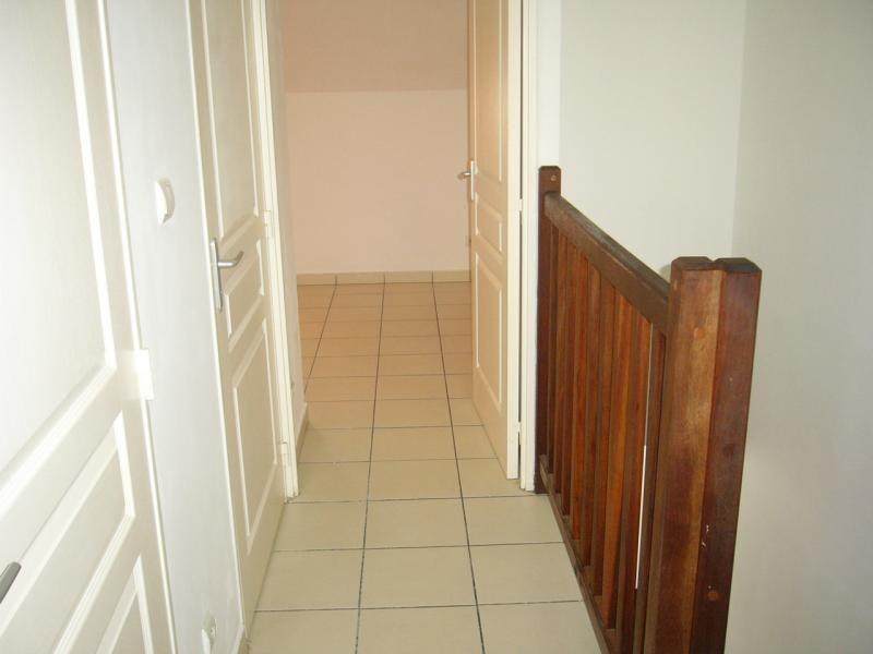Rental apartment Ste clotilde 602€ CC - Picture 4