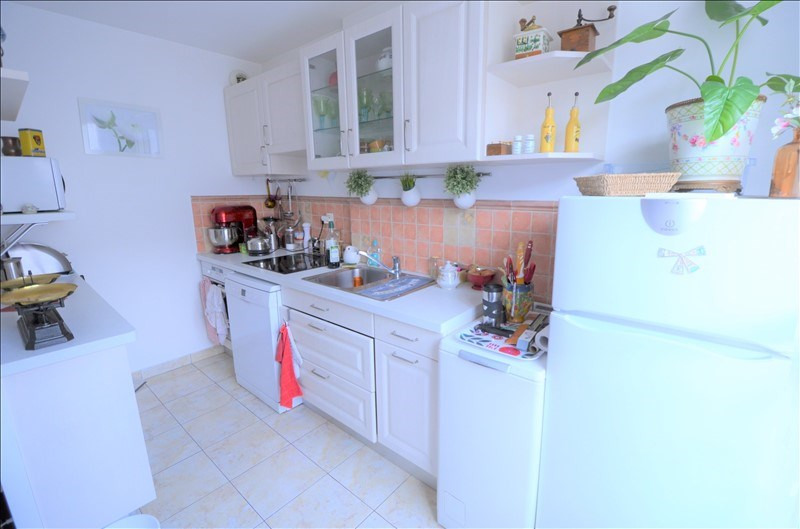 Sale apartment Houilles 233000€ - Picture 2