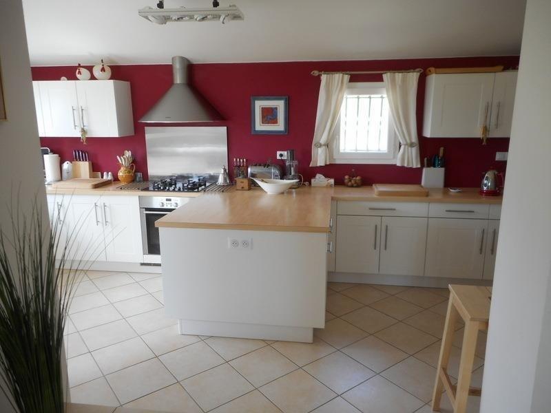 Sale house / villa Villefranche de lonchat 275000€ - Picture 5