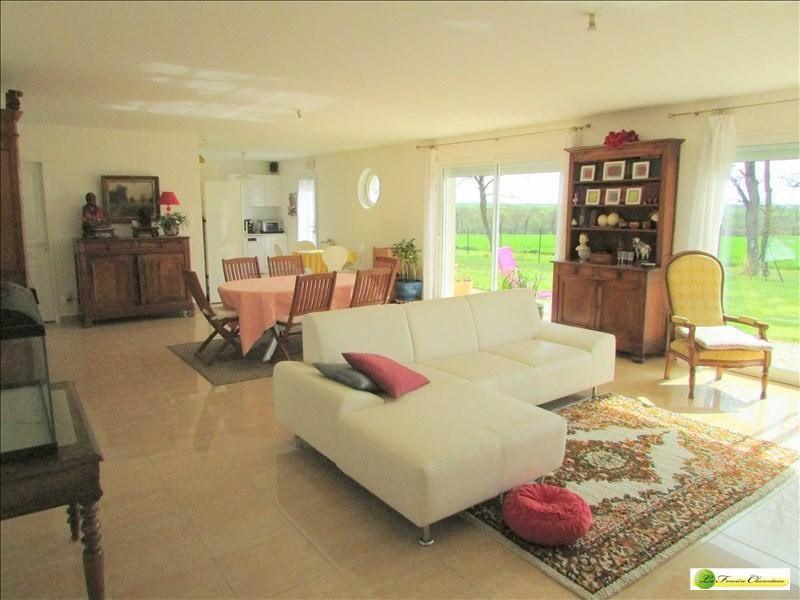 Vente maison / villa Ranville breuillaud 168000€ - Photo 2