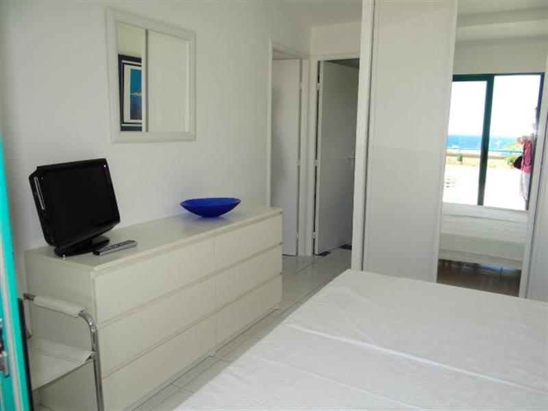 Location vacances appartement Cavalaire 800€ - Photo 16