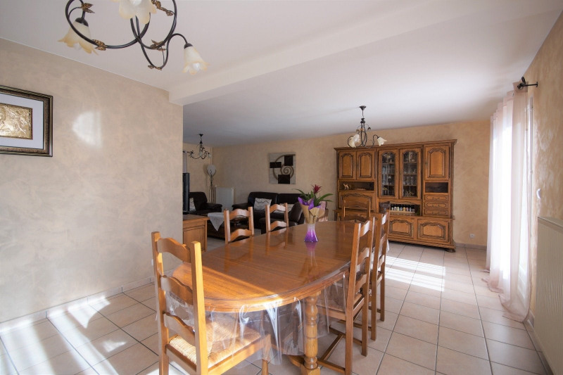 Vente maison / villa La tour du pin 327000€ - Photo 2