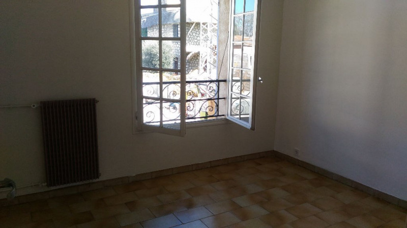 Rental apartment Cagnes sur mer 900€ CC - Picture 3