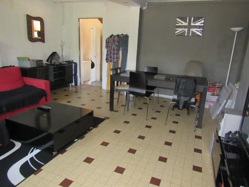 Sale house / villa Breval 143000€ - Picture 2