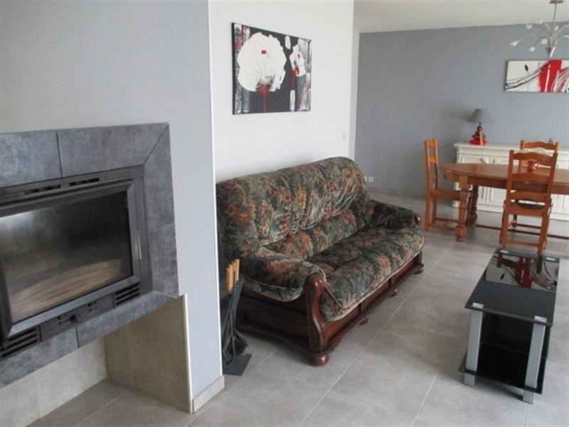 Sale house / villa St jean d angely 117000€ - Picture 3