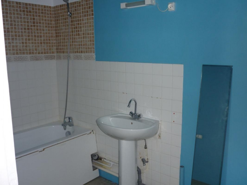 Location appartement Orbec 375€ CC - Photo 4