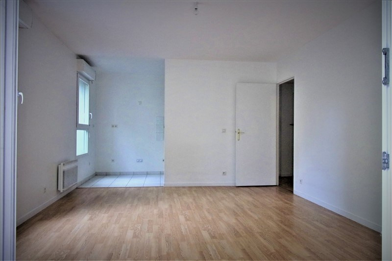 Affitto appartamento St denis 863€ CC - Fotografia 8