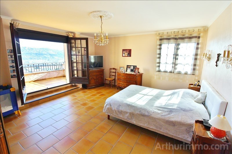 Deluxe sale house / villa St laurent du var 1 260 000€ - Picture 9